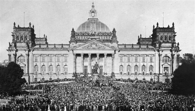 Weimarer Republik, Menschen, Bevölkerung, Gesellschaft, Versailler Vertrag, Neue Sachlichkeit Epoche