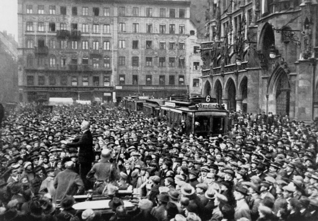 Hitlerputsch, Hitlerputsch 1923, Hitlerputsch Zusammenfassung, warum scheiterte der Hitlerputsch, Hitler Putsch 1923, Hitler Ludendorff Putsch, Hitler Putsch, Hitler-Ludendorff-Putsch